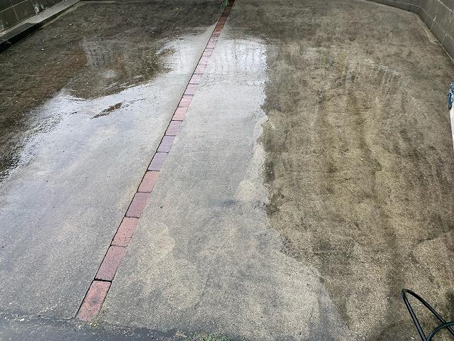 駐車スペース水洗い前