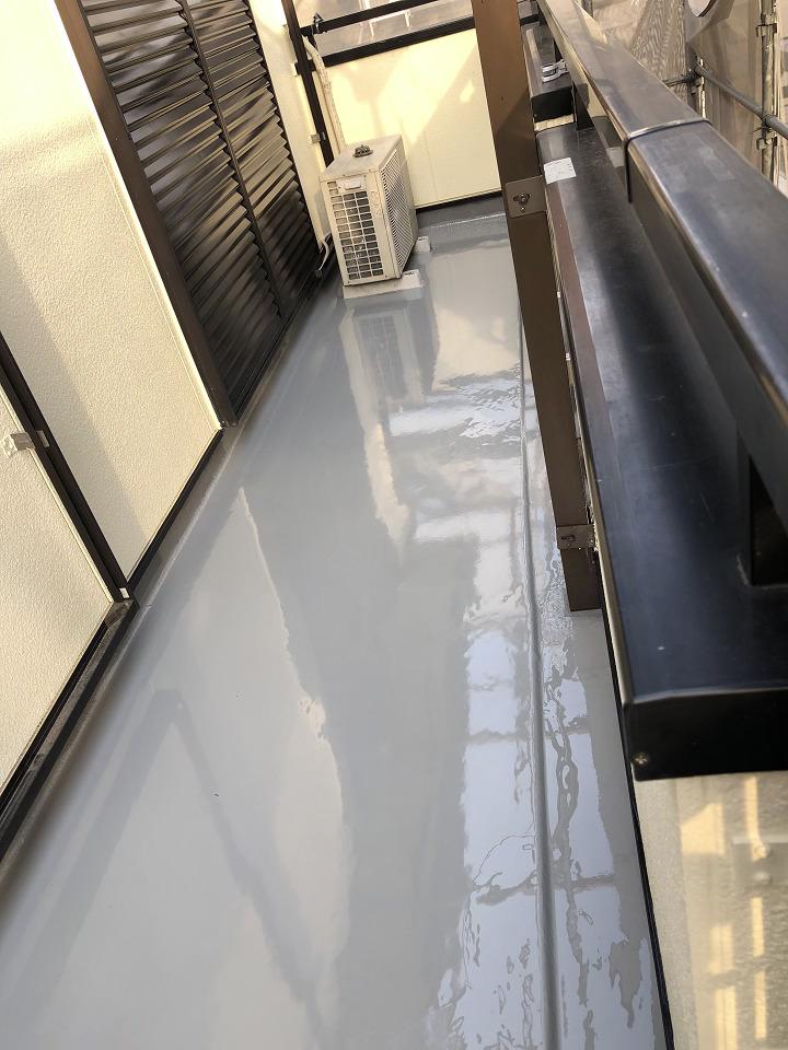 ベランダ床防水の様子
