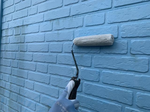 外壁下塗りの様子