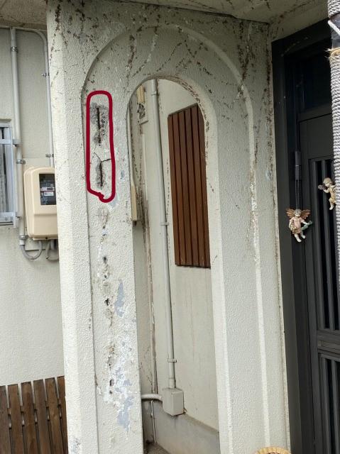 玄関前の調査
