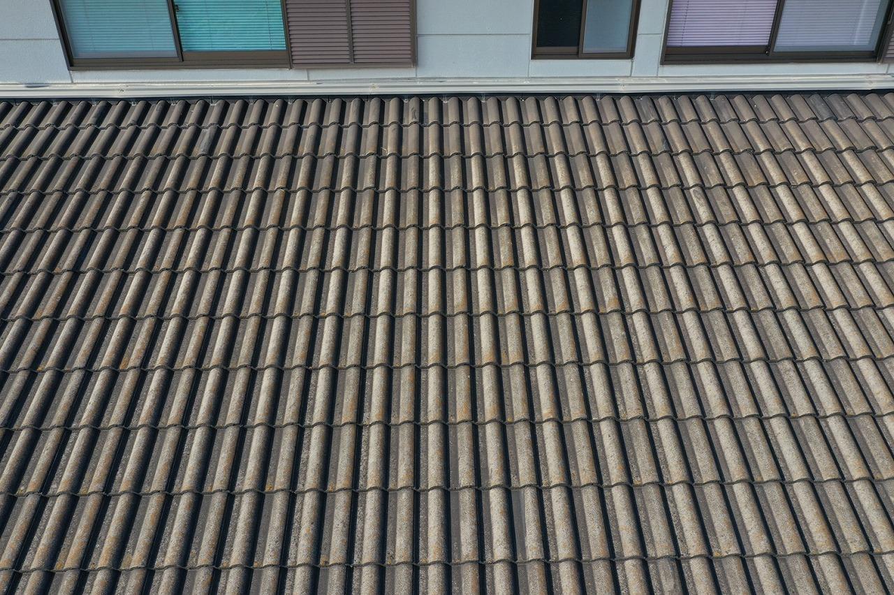 少し近づいた屋根の様子